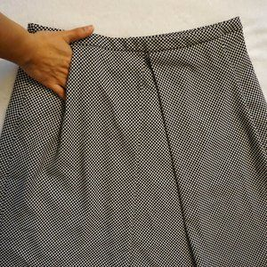 B&W Skirt + POCKETS